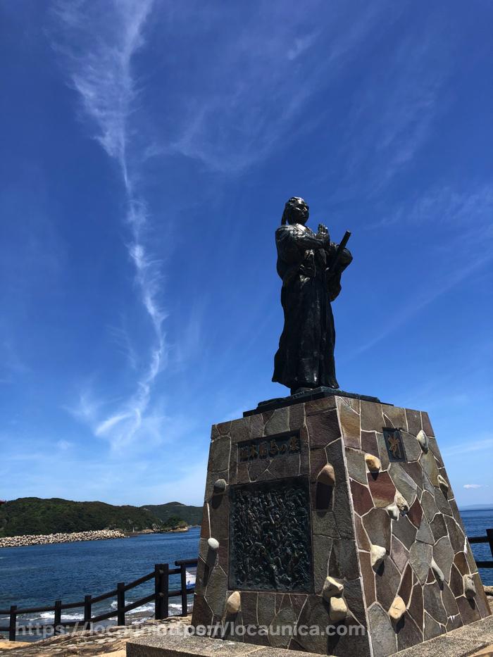 マルゲリータ周辺の銅像