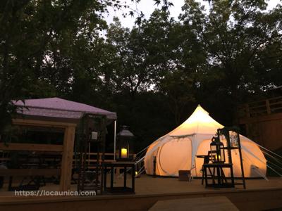 【KOMOREBI】グランピング・早朝のテント