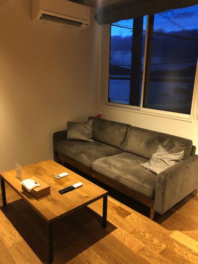 【Rakuten STAY HOUSE × WILL STYLE 糸島】リビングのソファ